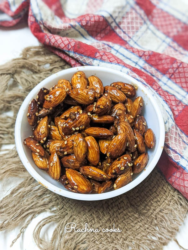 honey coated almonds with sesame seeds