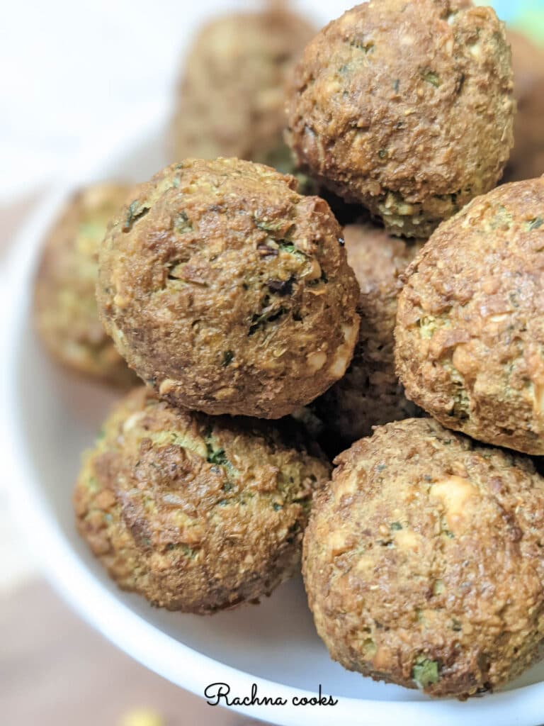 Delicious crispy falafel balls ready to be eaten.