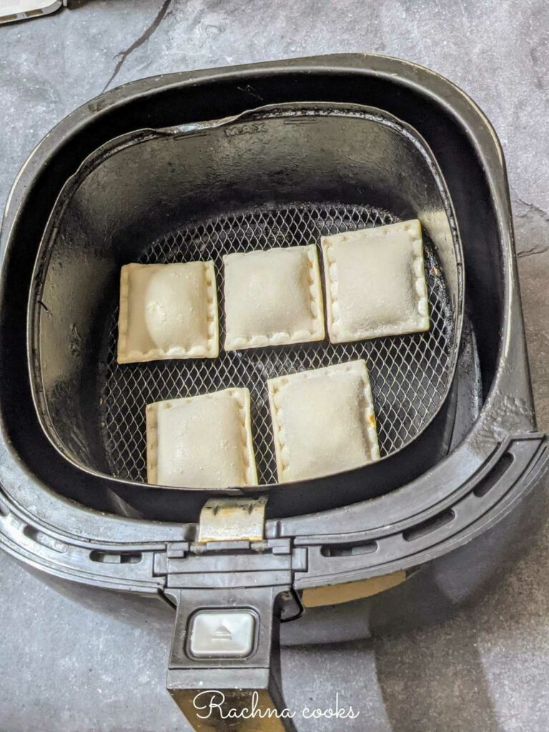 frozen pizza rolls places in basket for airfrying.